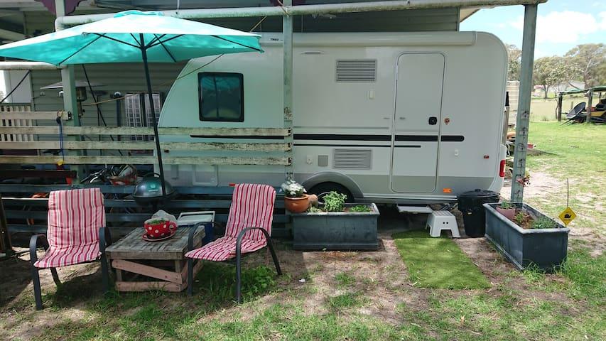 New Modern Caravan on Applethorpe Farm