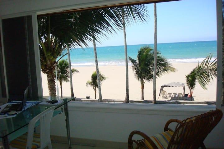 Casa Blanca Same Ecuador linda suite frente al mar