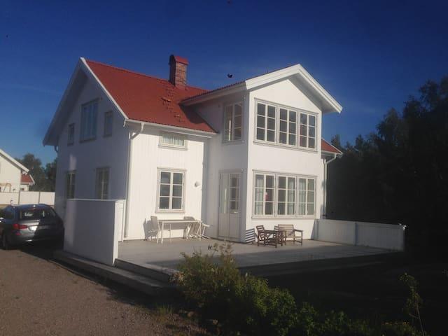 175kvm fin nybyggd Västkustpärla - Lysekil S - Rumah