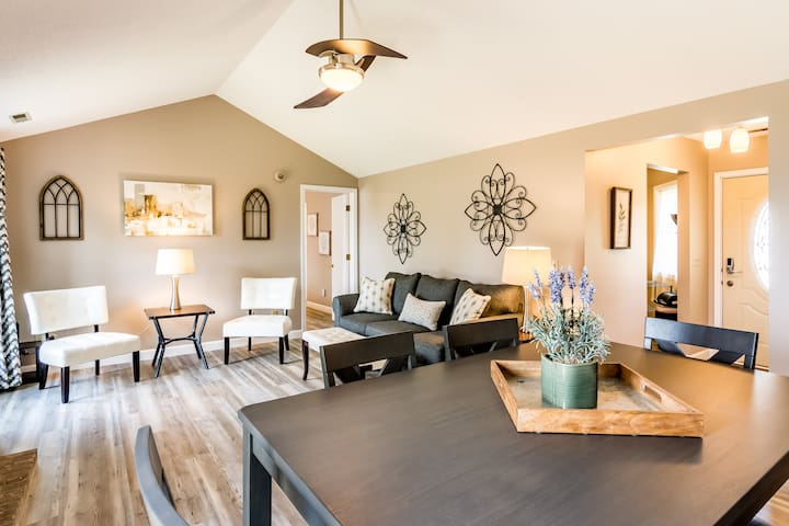 ★COZY & CLEAN★2 MILES FROM PARKVIEW NORTH ★