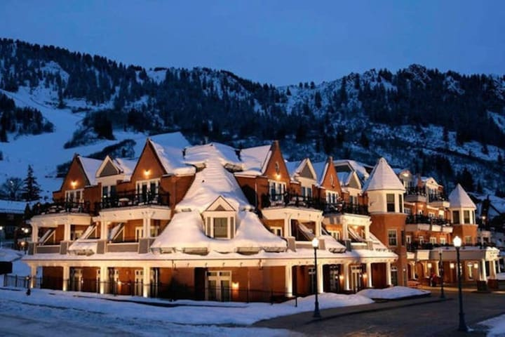 Hyatt Grand Aspen Studio, Downtown Aspen
