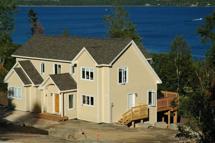 46 Lakeside Chalet - Humber Valley Resort