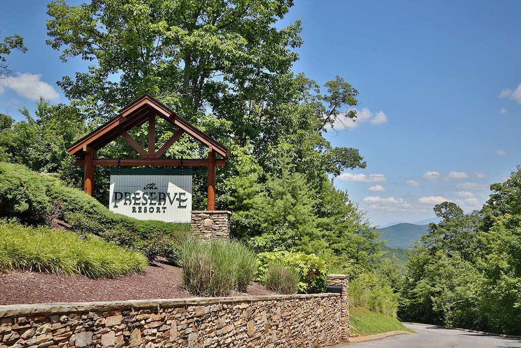 Ridgetop Theatre Lodge-Resort