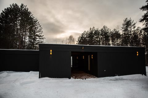 Mcm studio / fireside retreat