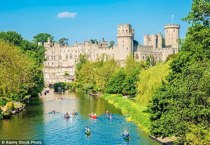 Warwick Castle built 1068 - experiences / events; ancient town 26m