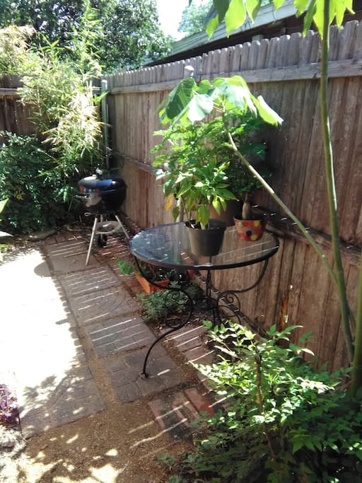 Peaceful Meditation Gardens Houses For Rent In Fort Worth Texas United States