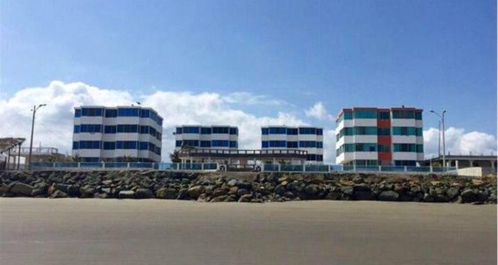 Playa tranquila y excelente ubicación