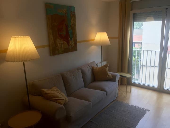 Apartament acollidor- 2 habitacions i aparcament