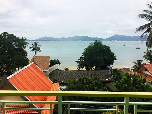 Studio overlooking Chalong Bay
