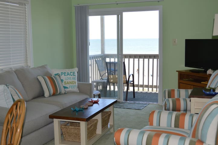 A-3 Chateau By The Sea .. Comfort at the Beach.