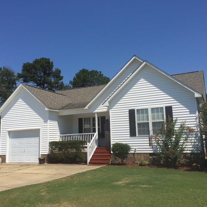 Cozy & Quiet 1 Bed and bath close to Raleigh
