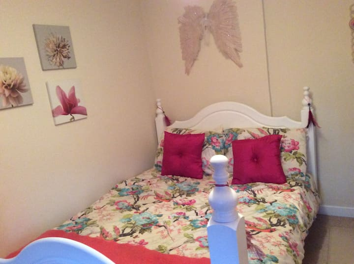 Rooms available in spacious house