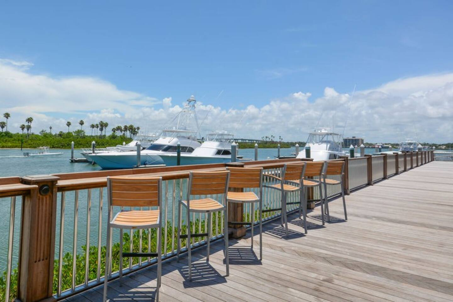 Outdoor seating at the marina to enjoy!