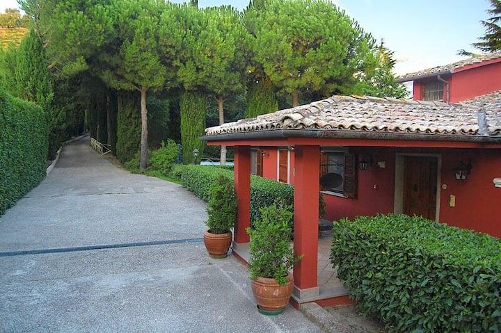 Villa con parco vicino Roma