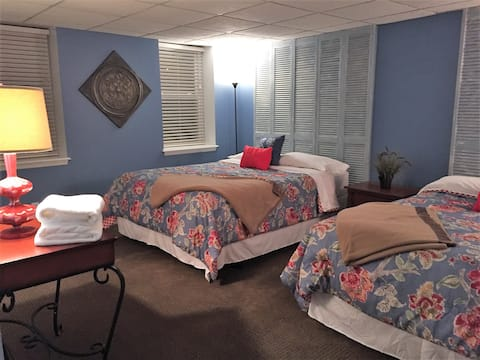 The Palm Tree INN Extended Stay