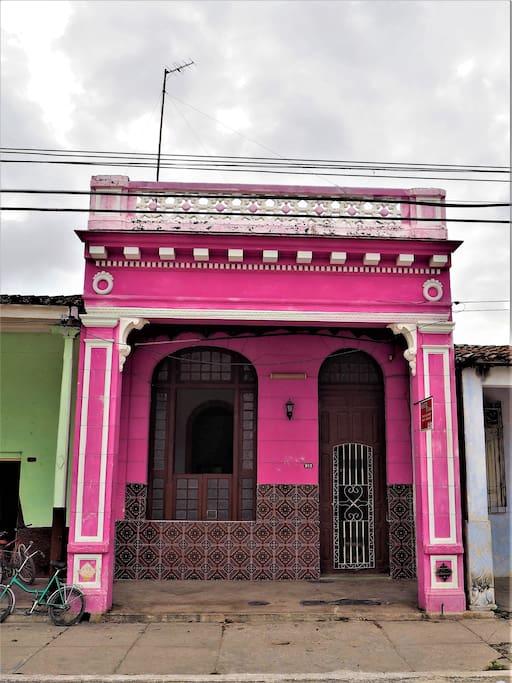 Fachada estilo colonial