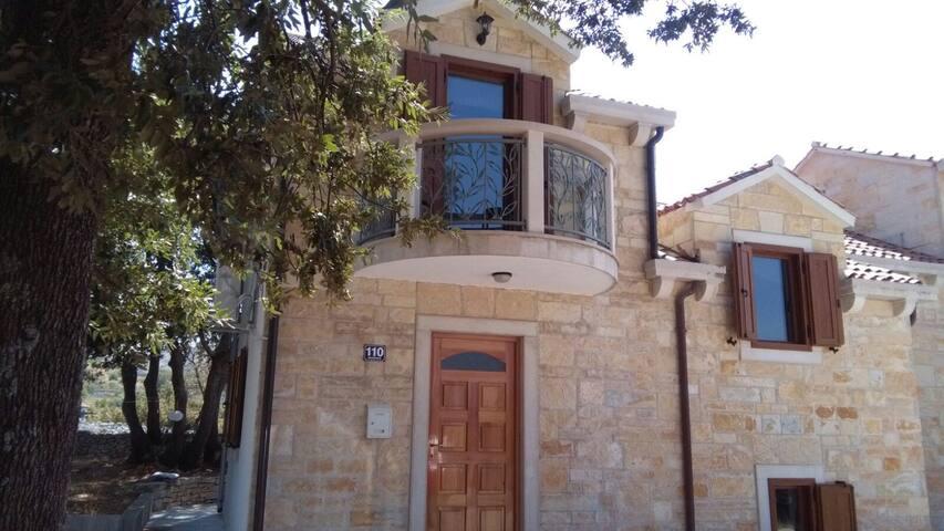 Great Typical House in Brac, Croatia