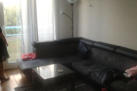 Appartement libre proche centre ville - Appartement