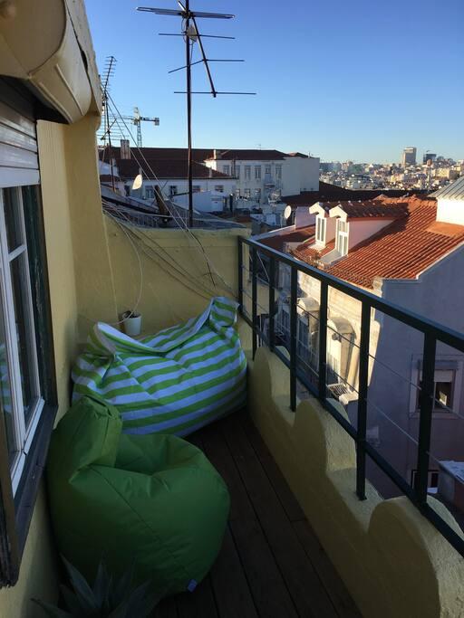 Terrace - leaving room