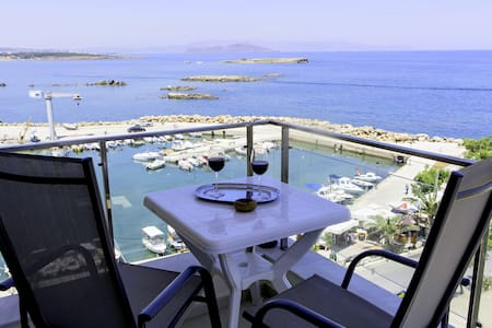 20 ( panoramic sea view  )  studio in the center - Chania - Wohnung