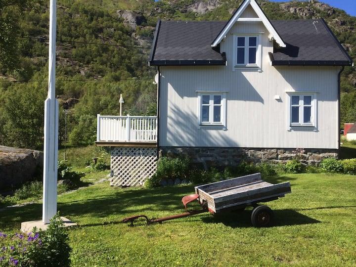 Lofoten #Lovisestua i Ulvåg på Storemolla