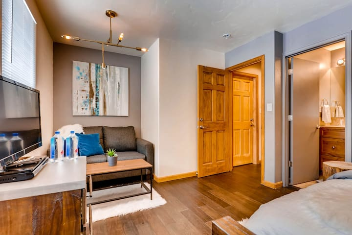 Hotel Style 1 Bedroom in Vail, CO