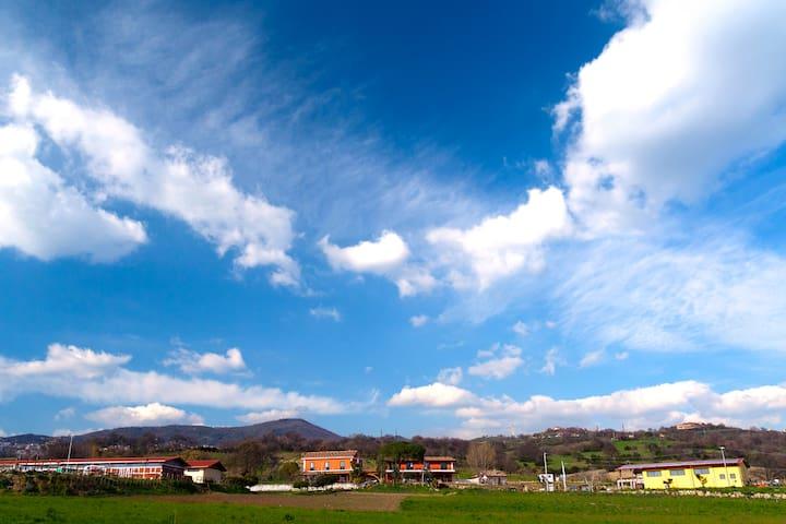 Monolocale con vasca idromassaggio - Montecorvino Pugliano - Apartemen