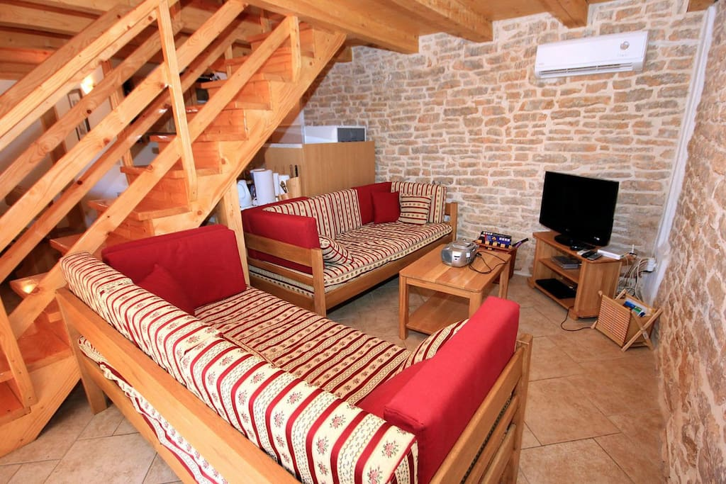 Living room 1, Surface: 14 m²