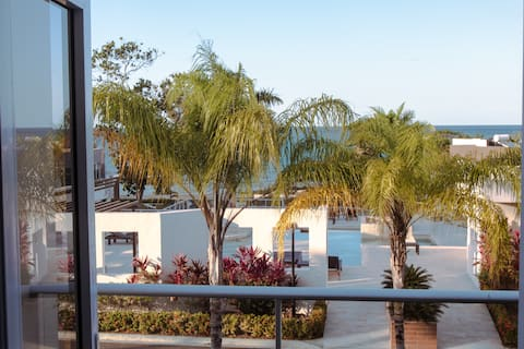 Modern, Relaxing, Oceanview 2bed/2bth   Townhouse