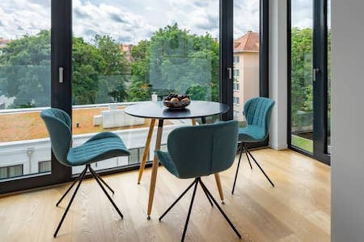 Brand new studio apartment in heart of Munich