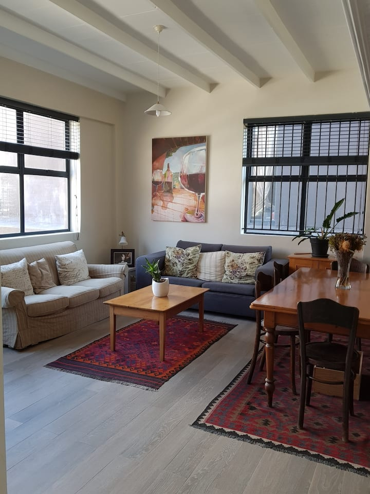 Cosy apartment near the iconic Old Biscuit Mill