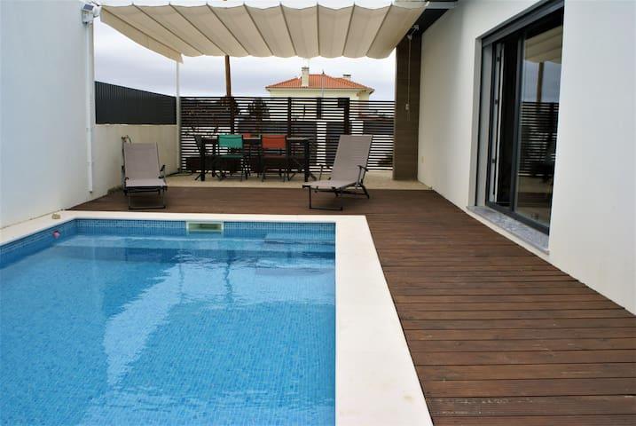 Calme, confort, piscine, plages, activités proches