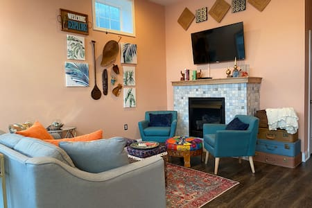 """White River """"Eclectic Bungalow"""" newly renovated!"""