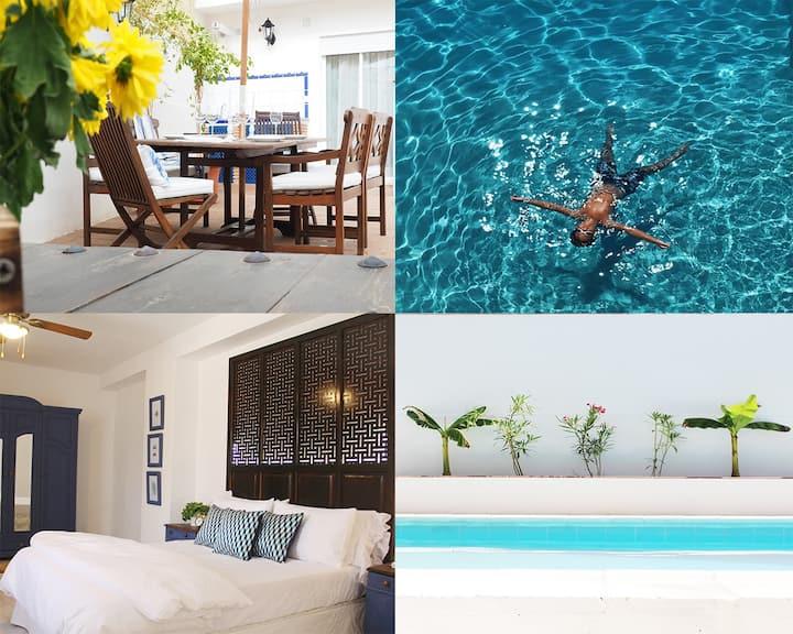 Casa Villamena-Casa señorial andaluza con piscina.