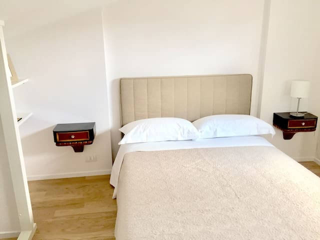 Luxury double room (with cathedral view)