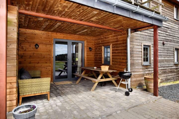 Appartement spacieux et confortable au rez-de-chaussée avec une vue magnifique