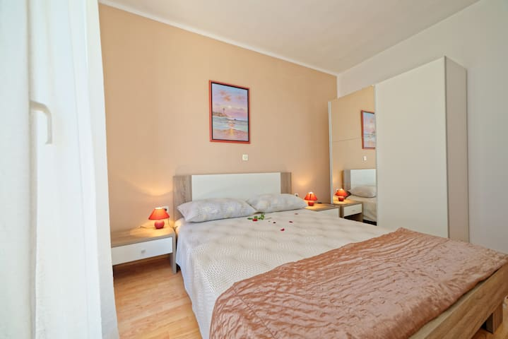 """294"" Apartment for 2 people -650 - Drenje - Apartamento"