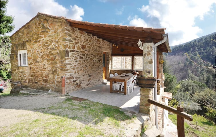 Holiday cottage with 2 bedrooms on 62m² in Les Salles du Gardon