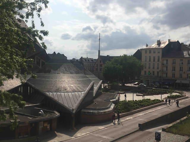 Rouen hyper-centre : au Vieux Marché ! 5 couchages