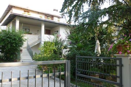 """appartamento """"A"""" al piano terra - Santa Maria degli Angeli - Ev"""