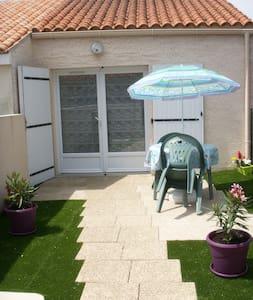 Maisonnette proche de La Rochelle quartier calme
