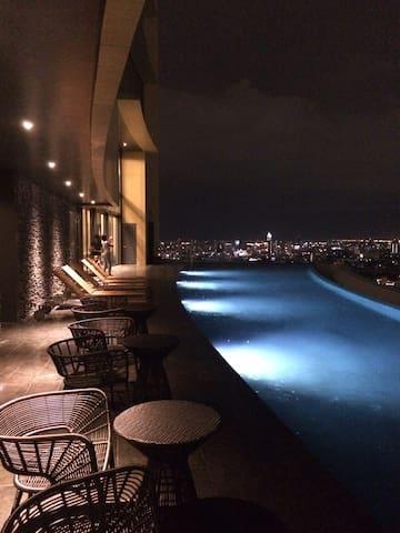 1) One Bed/Sukhumvit 24 /BTS/Emquartier/Wifi - Bangkok - Byt