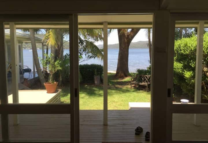 DANGAR ISLAND BEACH HOUSE