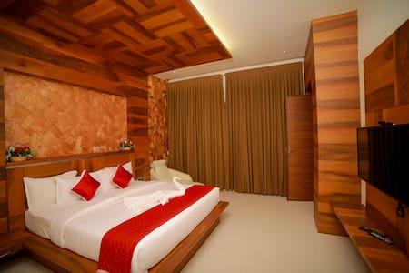HOTEL PIONEER GRAND PALACE,Nagercoil ,Kanyakumari