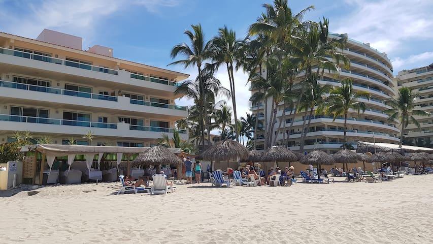 Bahia del Sol Beach Front PentHouse Nuevo Vallarta