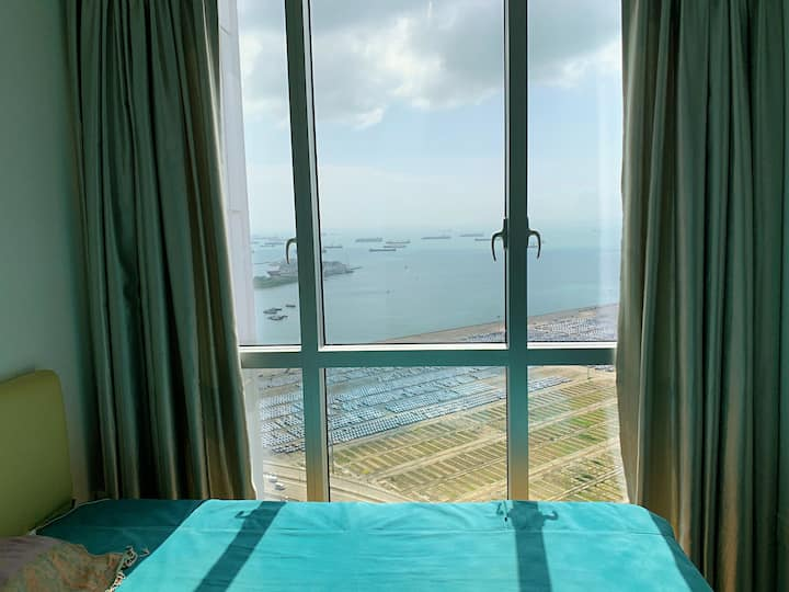 Penthouse with Private pool In CBD/Tg Pagar MRT