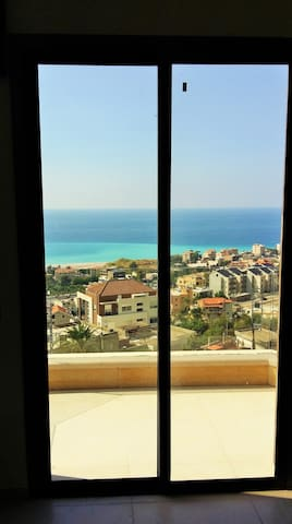 Vanessa's nice studio with beautiful sea view! - Nahr Ibrahim - Apartment