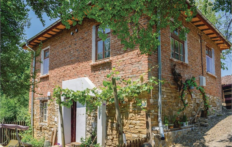 Holiday cottage with 4 bedrooms on 120m² in Costi