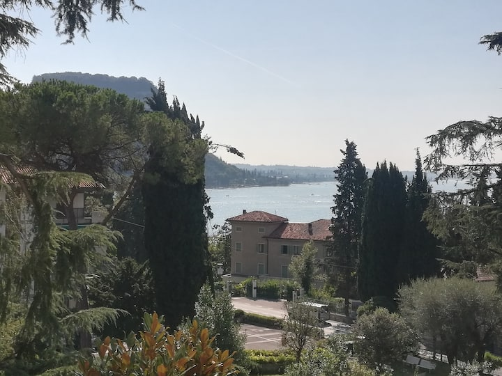 Beautiful and cosy apartment lake view beach 3 min