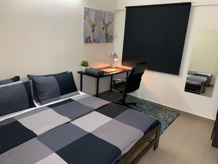 Modern Private Room in Sunway w/ AC & 30Mbps Wifi